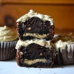 Peanut butter banana oreo cupcakes